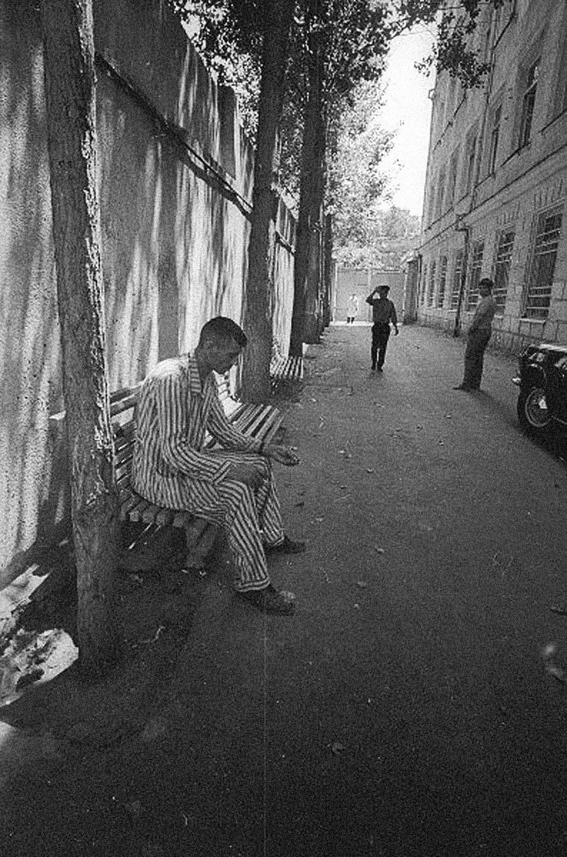 Seorang pasien di pusat rehabilitasi alkohol, 1970-an.
