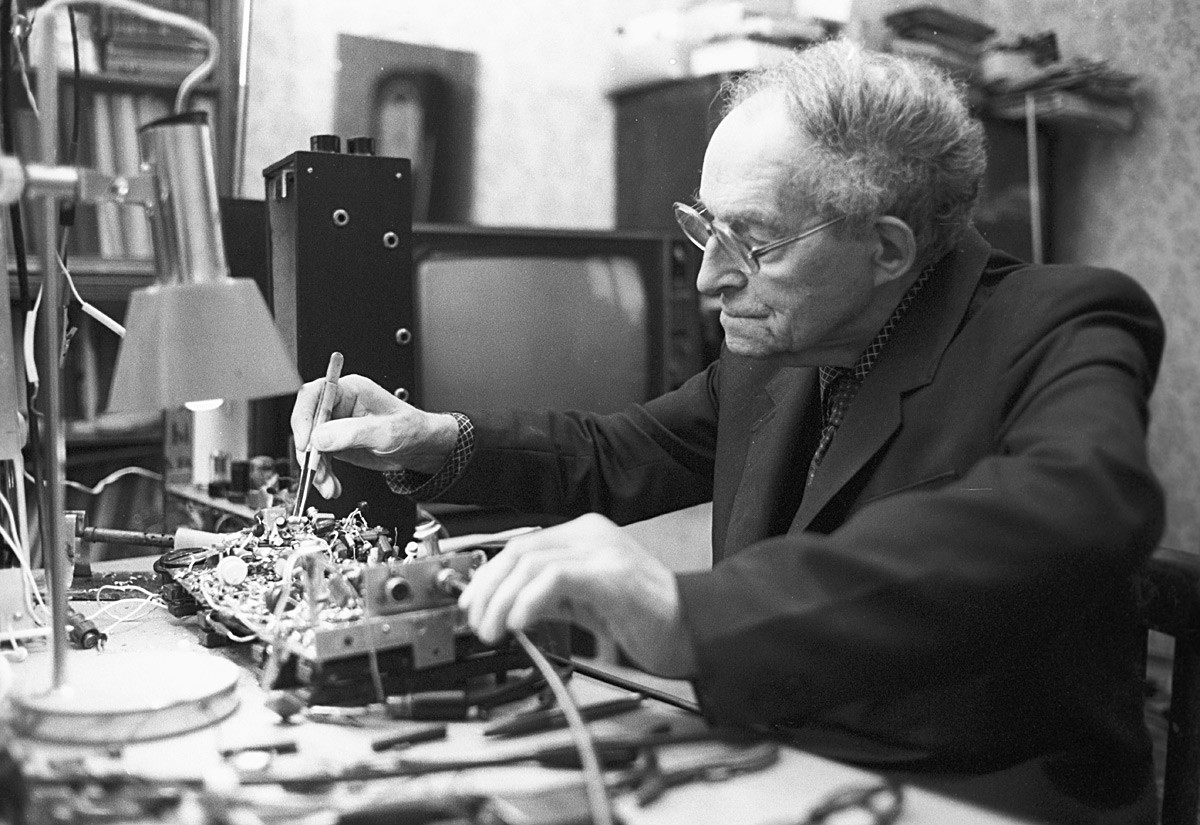 Leon Theremin in his lab