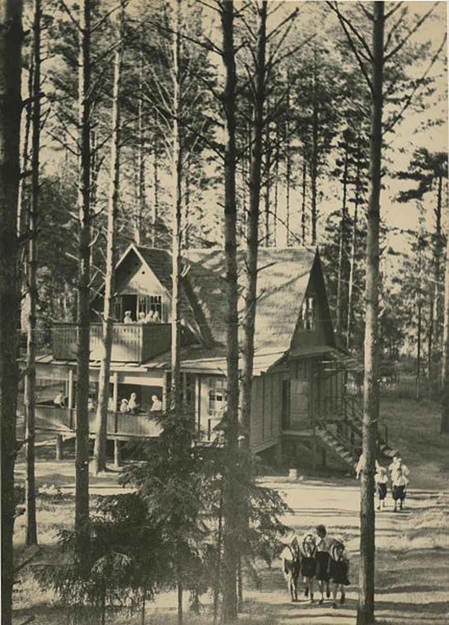 Campamento de pioneros, años 30.