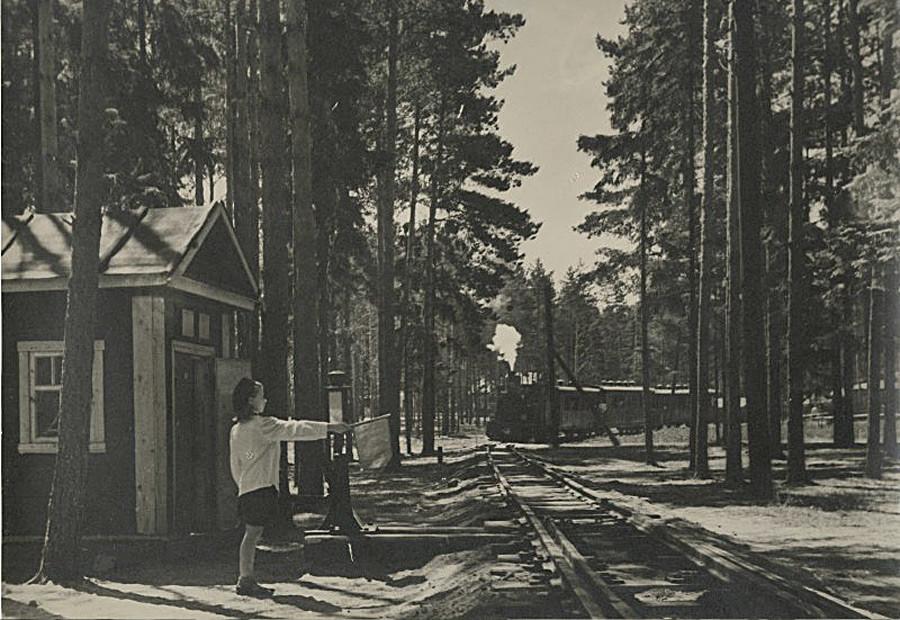Kereta api anak-anak, 1945 – 1949.
