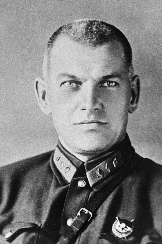 Jānis Bērziņš, oče sovjetske vojaške obveščevalne službe, eden od mnogih Latvijcev, ki so imeli visoke položaje v mladi sovjetski državi