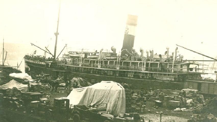Части от армията на генерал Врангел пристигат във Варна, 1921 г.