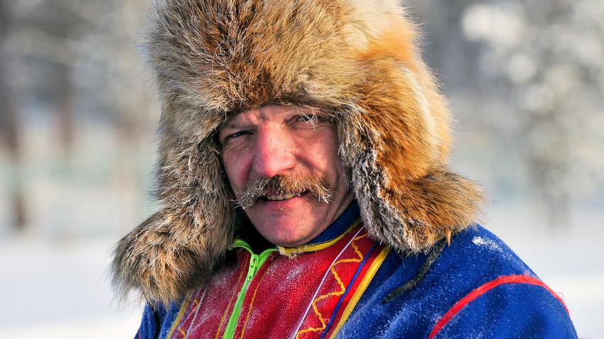 Vitali Kourt, descendant sami et guide à Sam Syïté, près du village de Lovozero