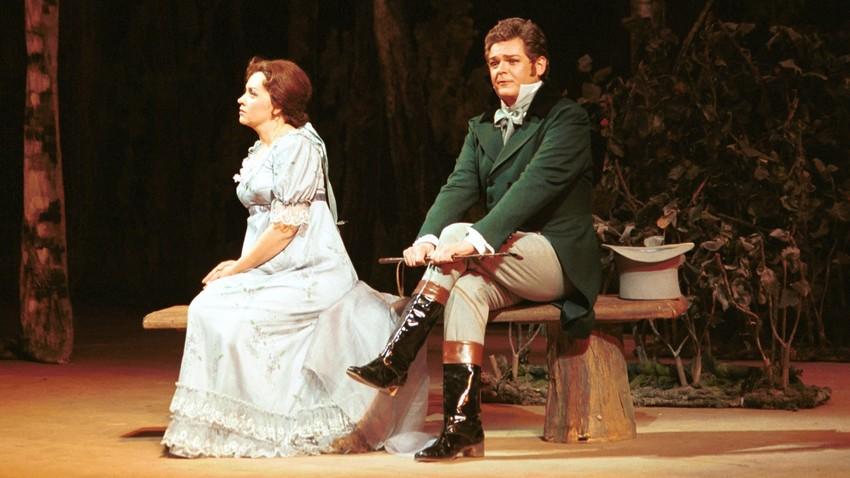 Apresentada em 1989, esta é a segunda vez que ópera sobe ao palco do mais suntuoso teatro do Rio de Janeiro; espetáculo original estreou há 140 anos no Teatro Maly, em Moscou