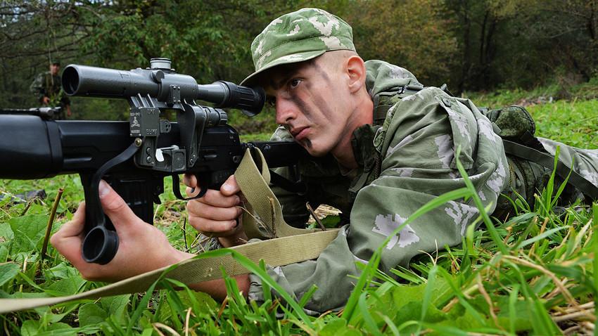 Обука на разузнавач на полигонот Тарско на Северен Кавказ