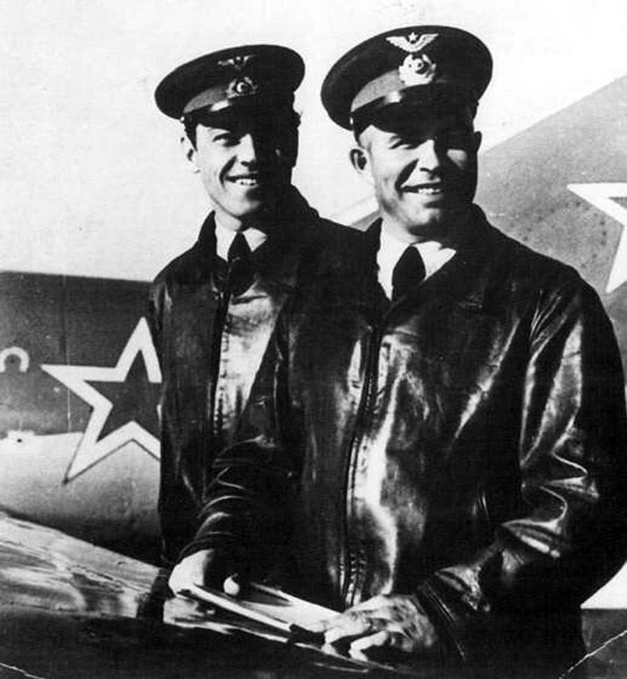 Nikolai Sutiaguin e Evguêni Pepeliaev.