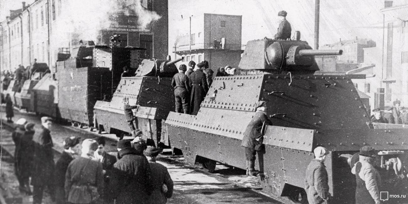 Trem blindado do metrô de Moscou, 1943. Fundo de arquivo de Moscou