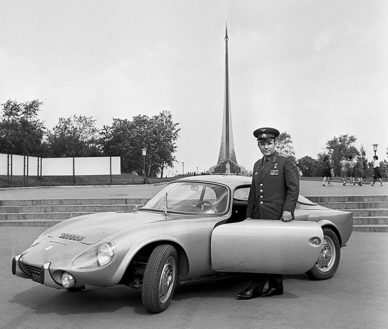 Juri Gagarin mit seinem Matra