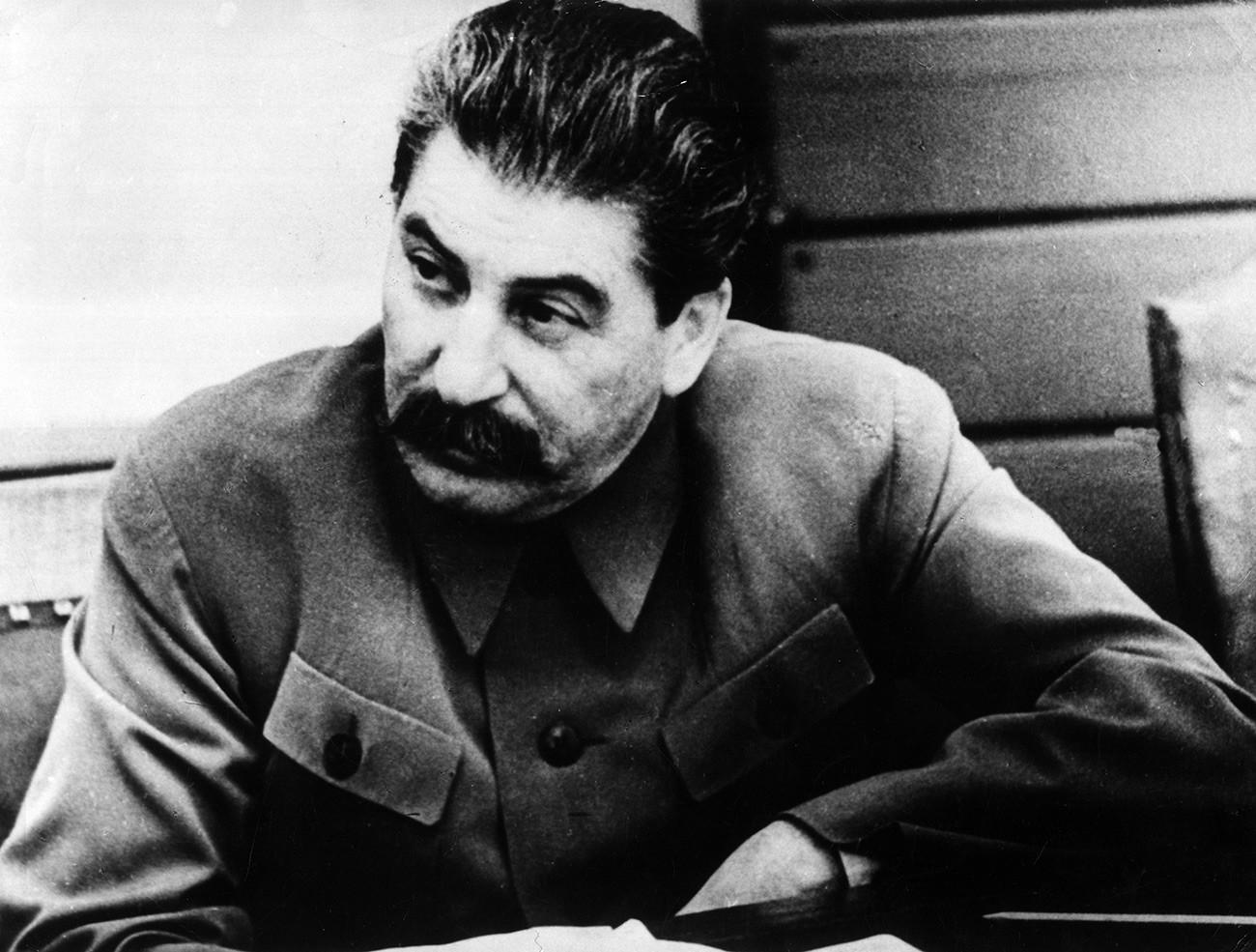 Стаљинов портрет.