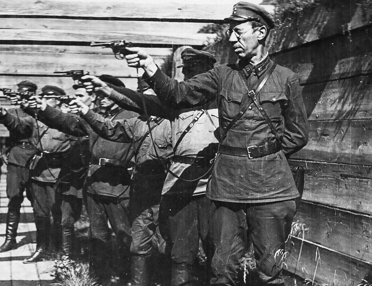 Plotone d'esecuzione sovietico