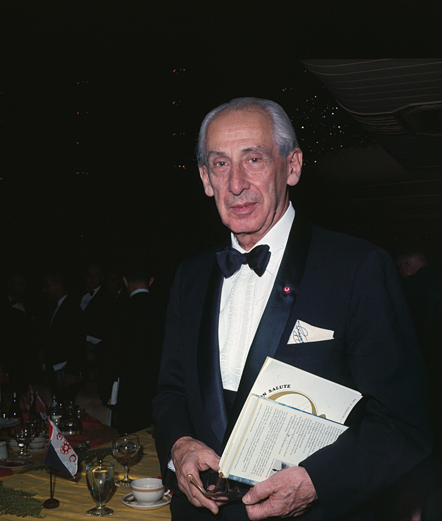 Alexander de Seversky at an Explorer's Club dinner at the Waldorf-Astoria, 1968.