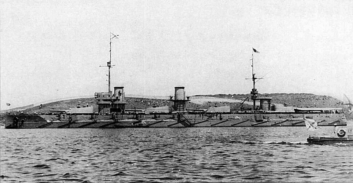 Acorazado ruso Imperatritsa María en Sebastopol, el 12 de mayo de 1916.