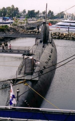 Podmornica B-427, Long Beach.