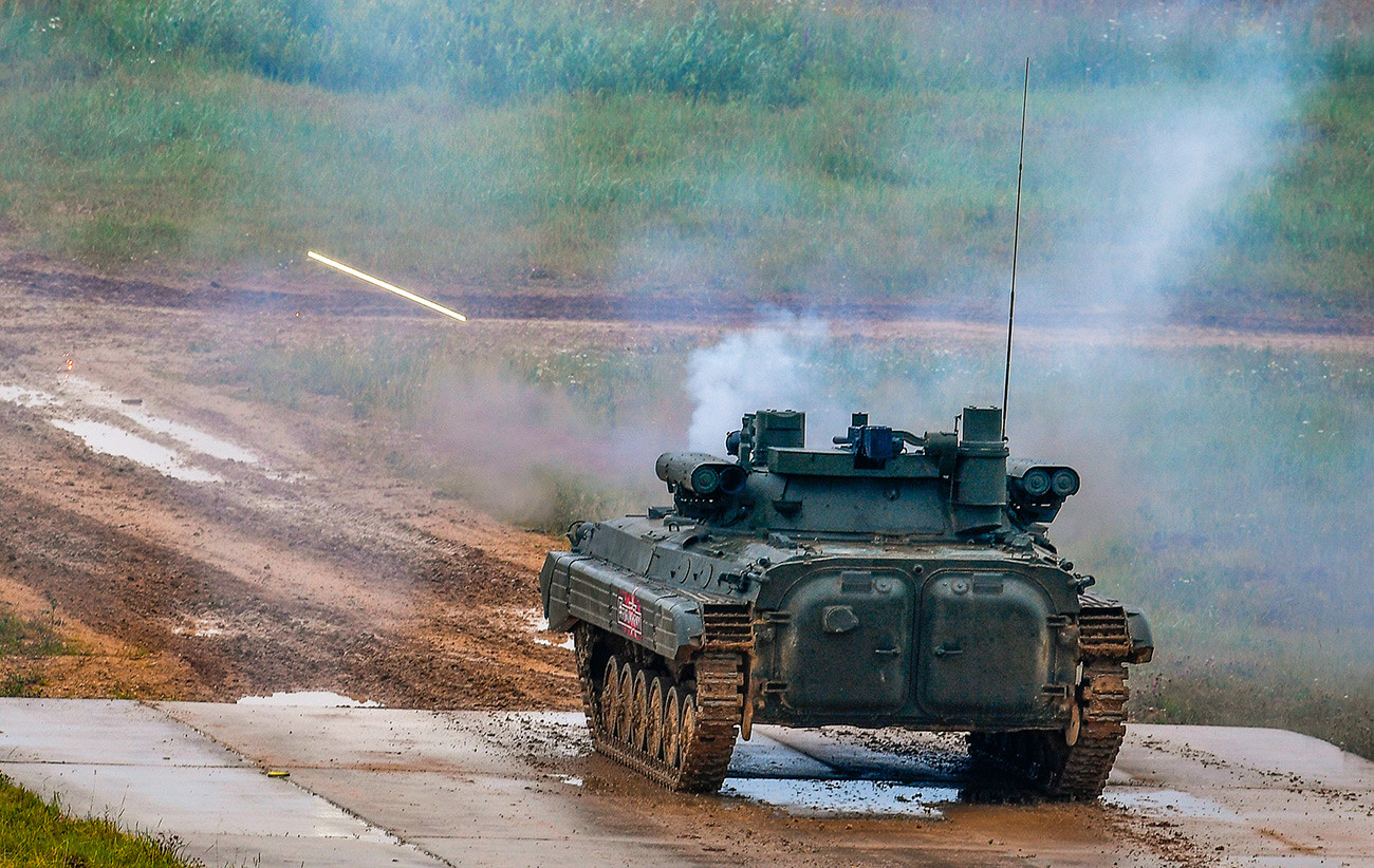 O BMP-2M equipado com o módulo Berejok no campo militar de Alabino durante o fórum internacional Army-2019.