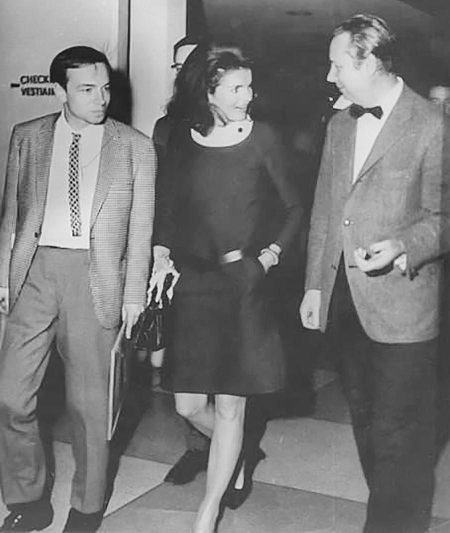 Andréi Voznesenski y Jackie Kennedy.