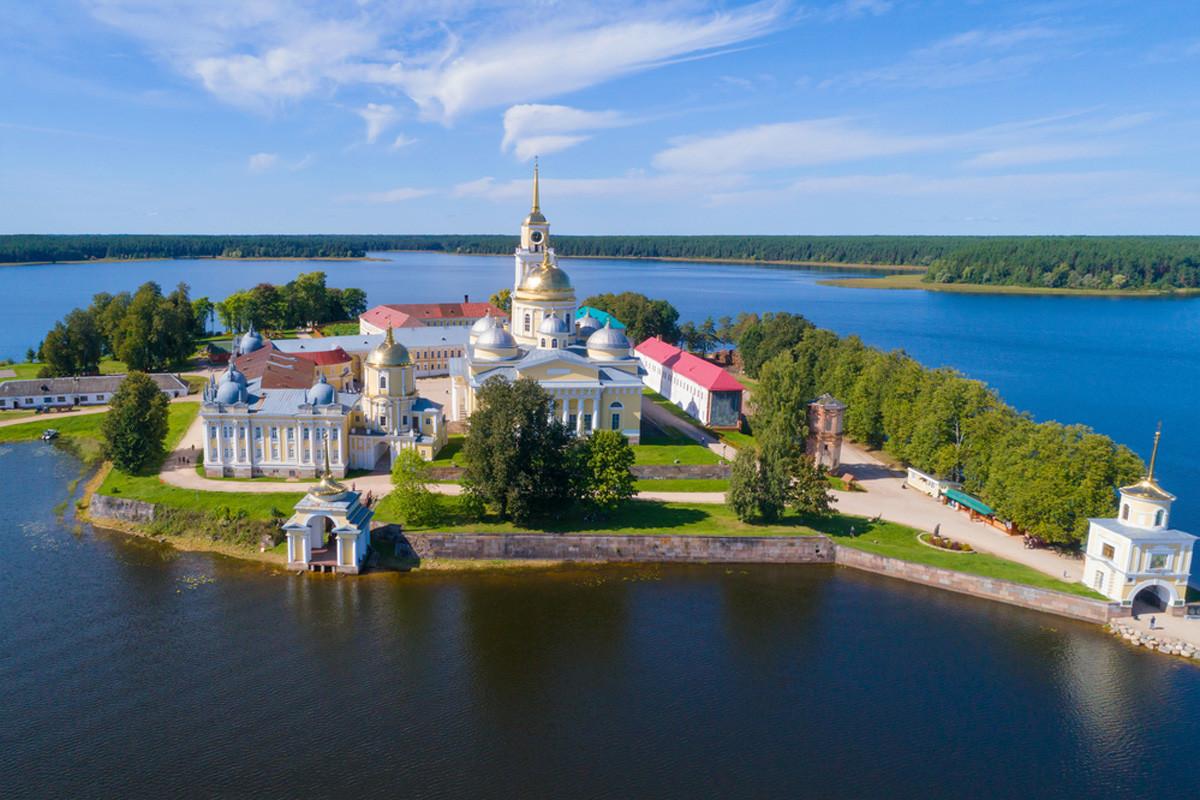 Monastère Nilov, sur le lac Seliger, région de Tver