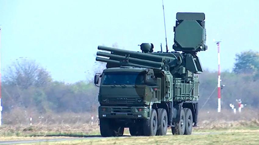 """Хибридниот ПВО-систем """"Панцир-С"""" на аеродромот Батајница"""