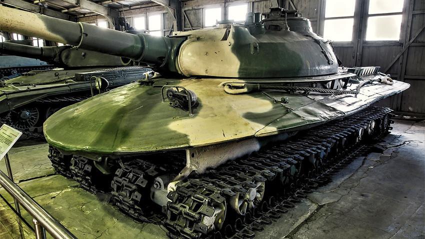 """Обект 279"" в танковия музей в Кубинка"