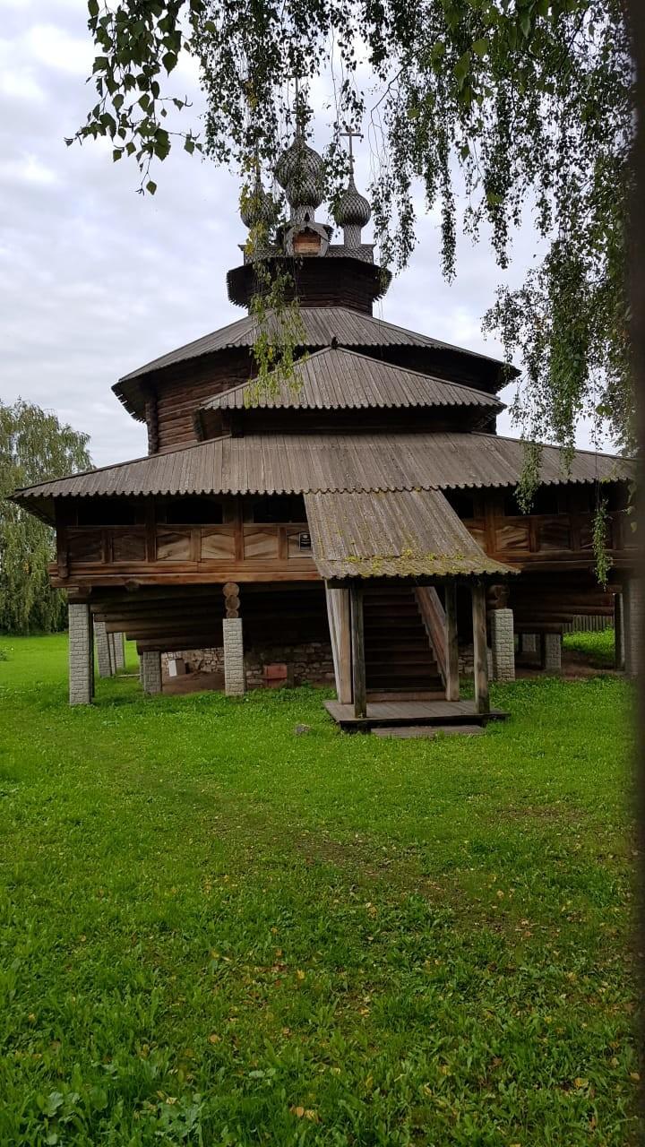 Gereja kayu dari abad ke-16 yang dibangun tanpa paku.