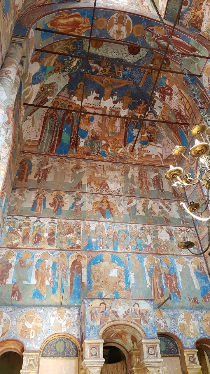 Fresko dari abad ke-15 yang mengagumkan.