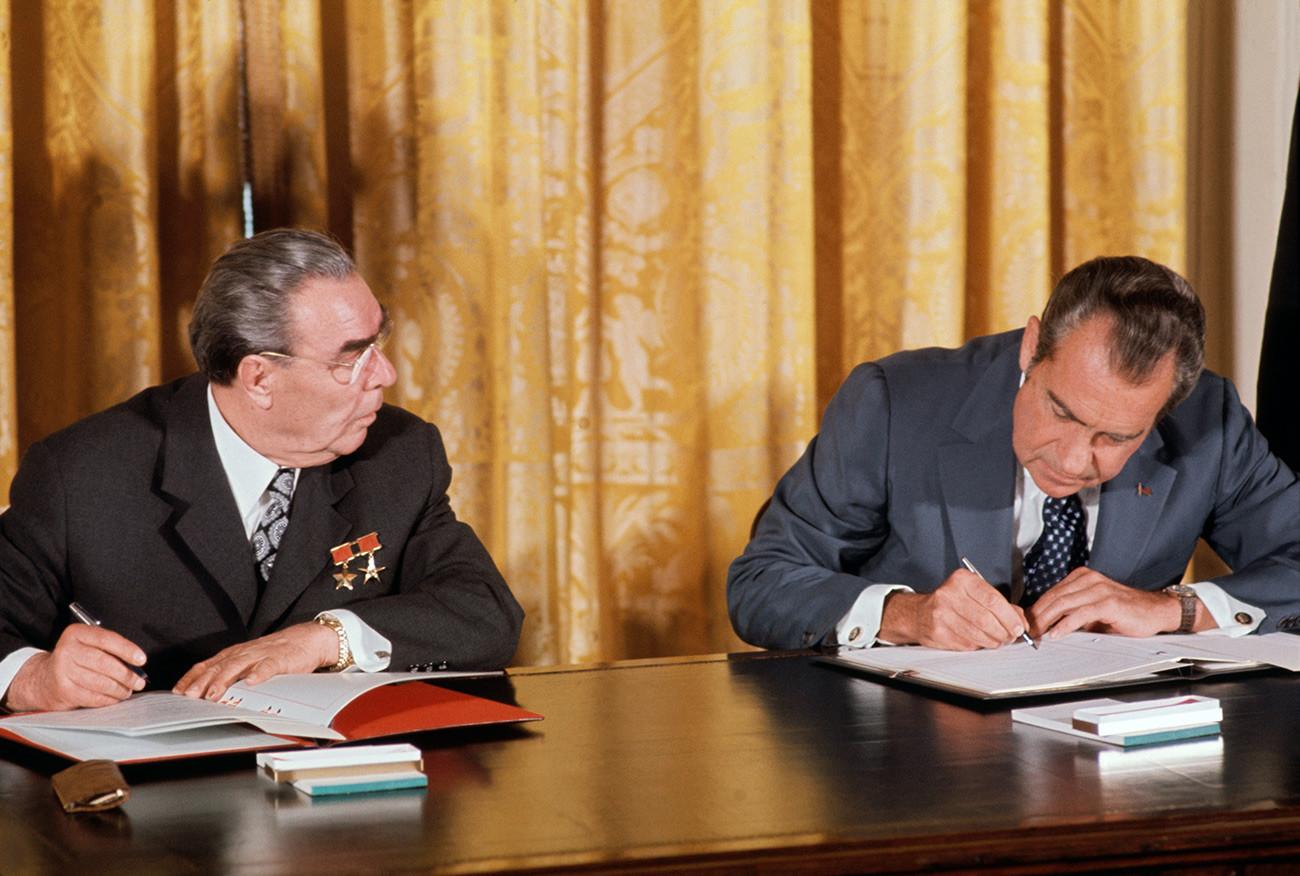 Леонид Брежнев и Ричард Никсън