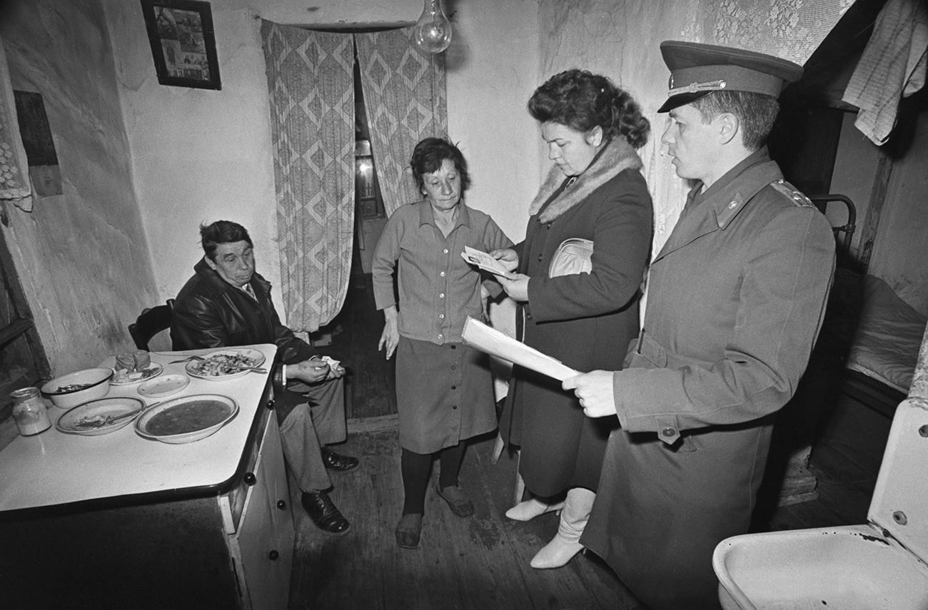 Резултат с изображение за Кое e най-хубавото от живота в Съветския съюз?