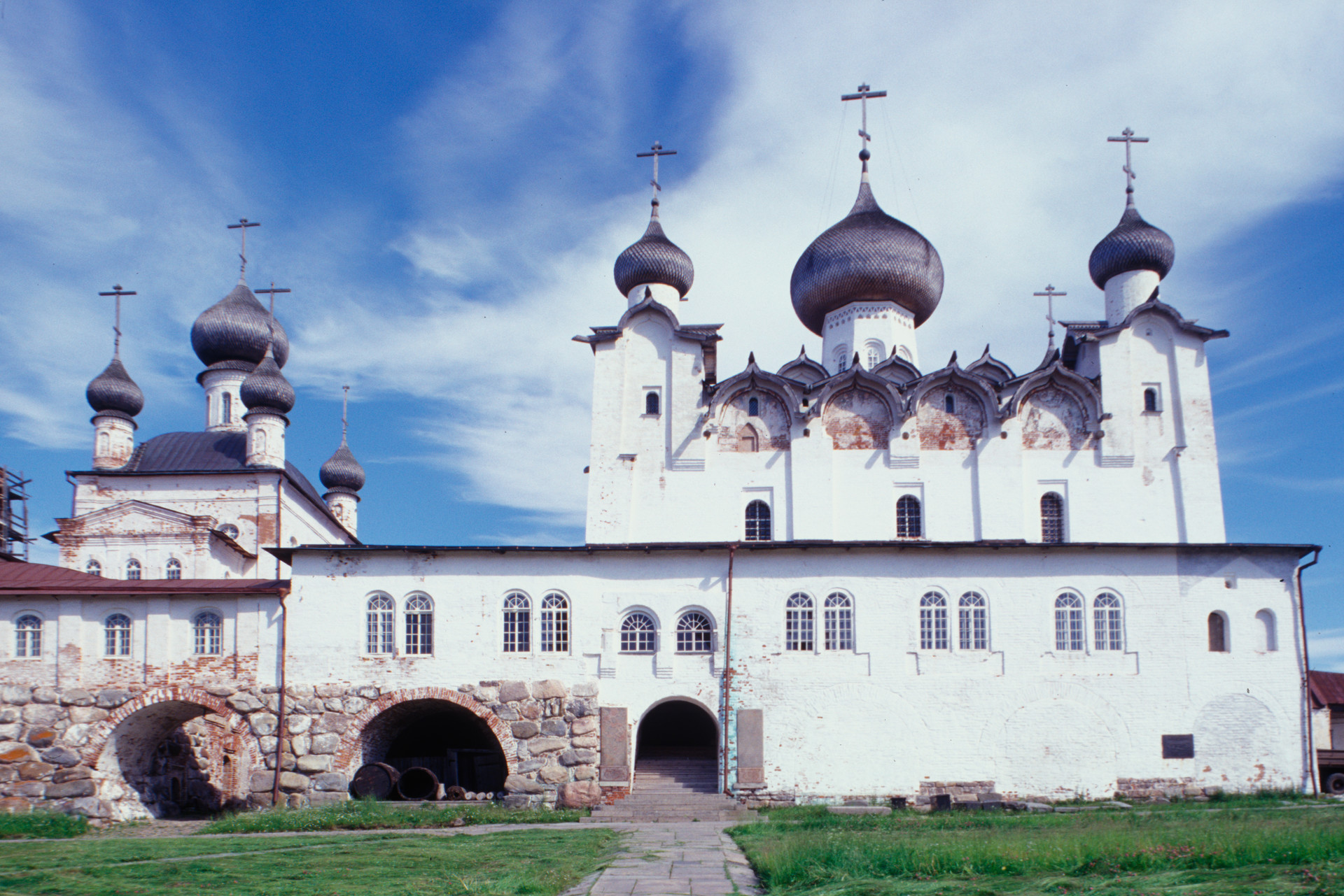 Transfiguration Monastery. Transfiguration Cathedral (right), Church of St.  Nicholas. West view. July 25, 1998