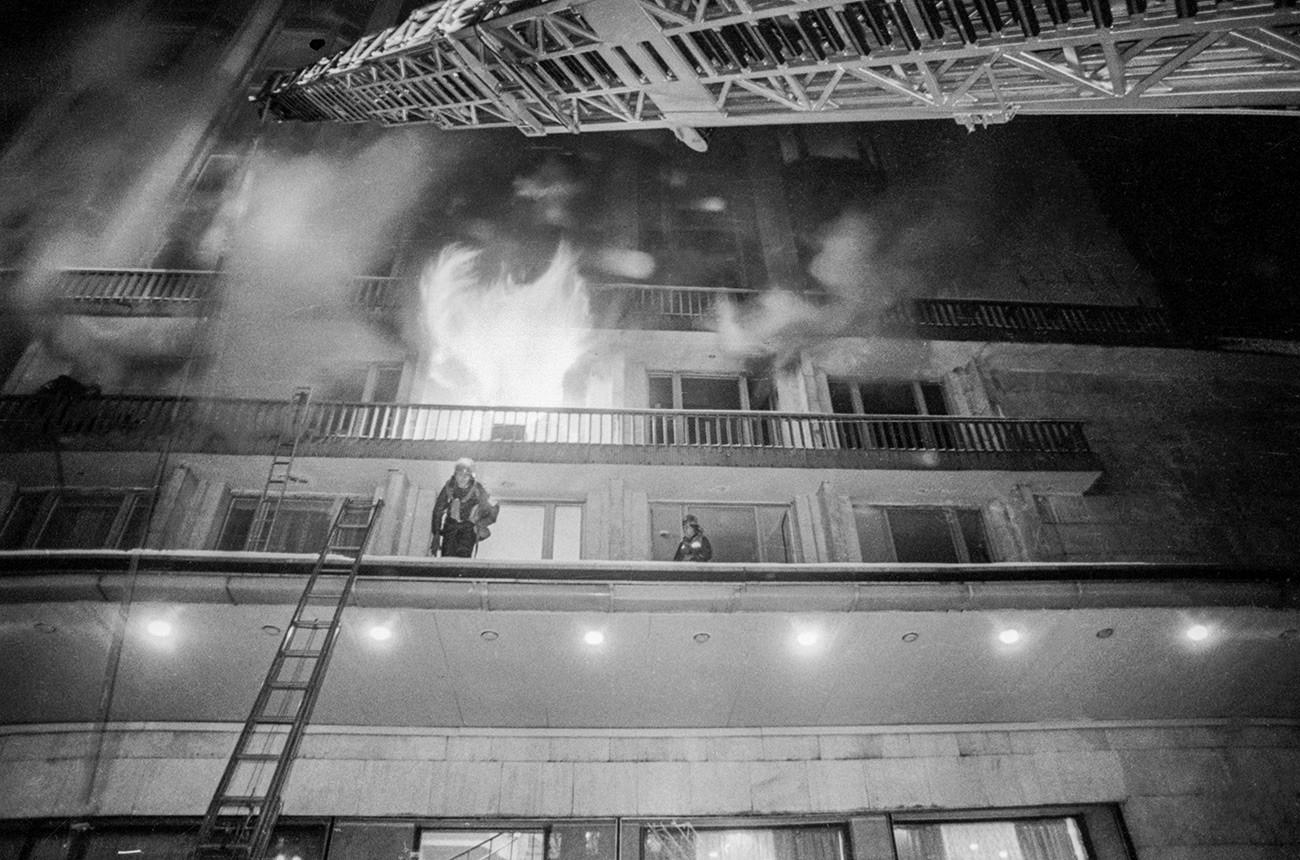 ホテル「ロシア」での火事