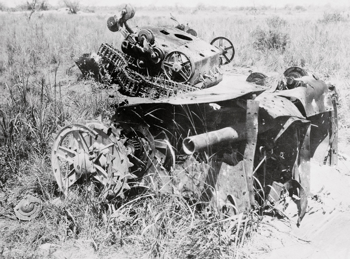Some of the Bolivian tanks destroyed by enemy soldiers at Fort Nanawa.