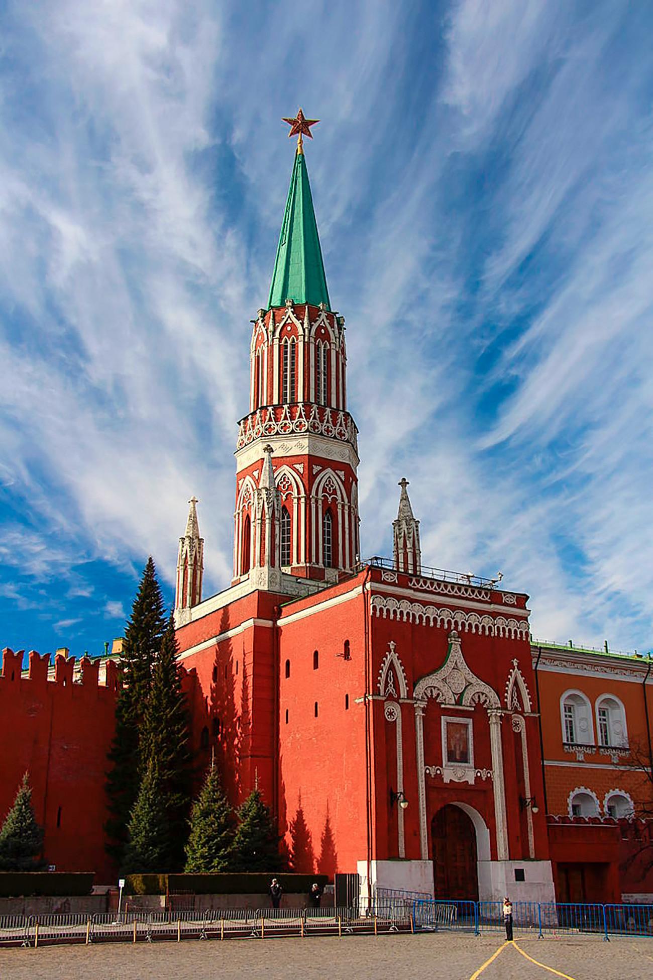 ニコリスカヤ塔