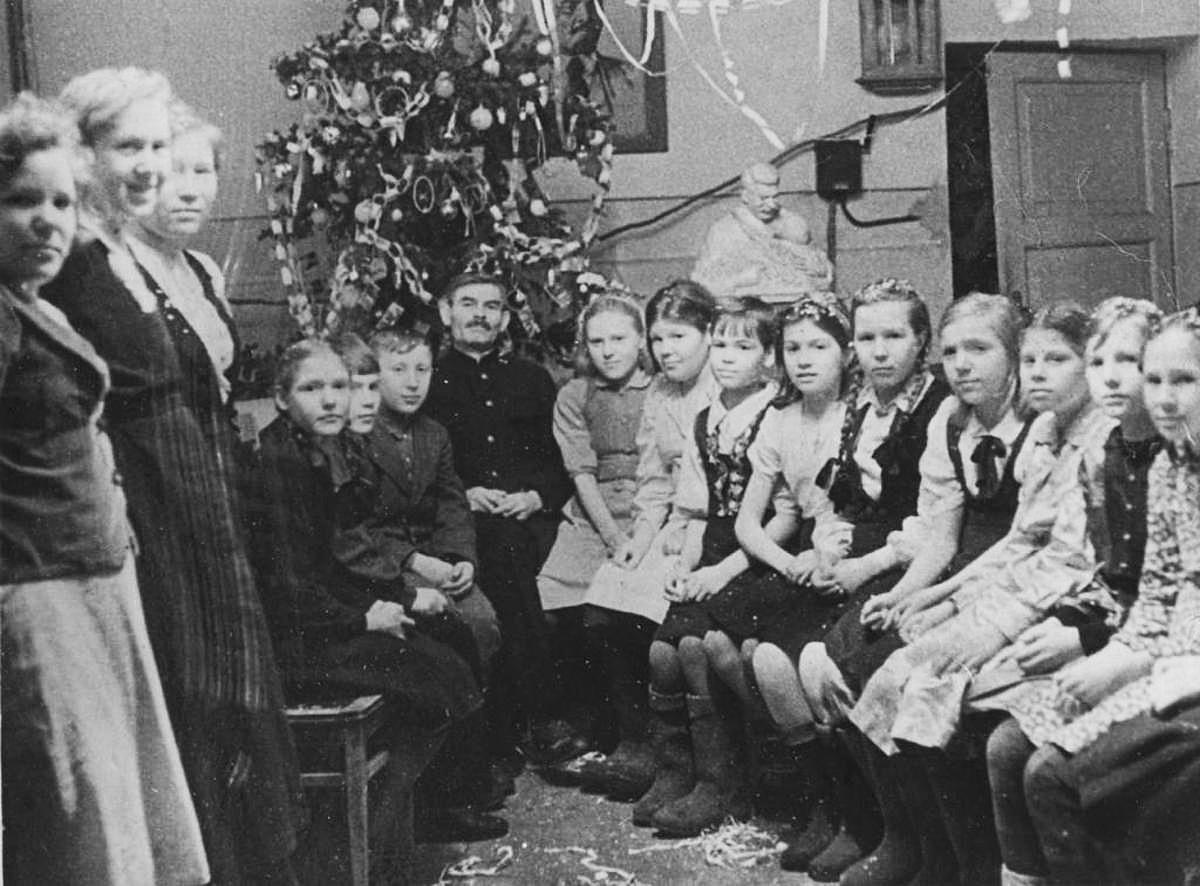 新年のパーティー、ムルマンスク、1944年