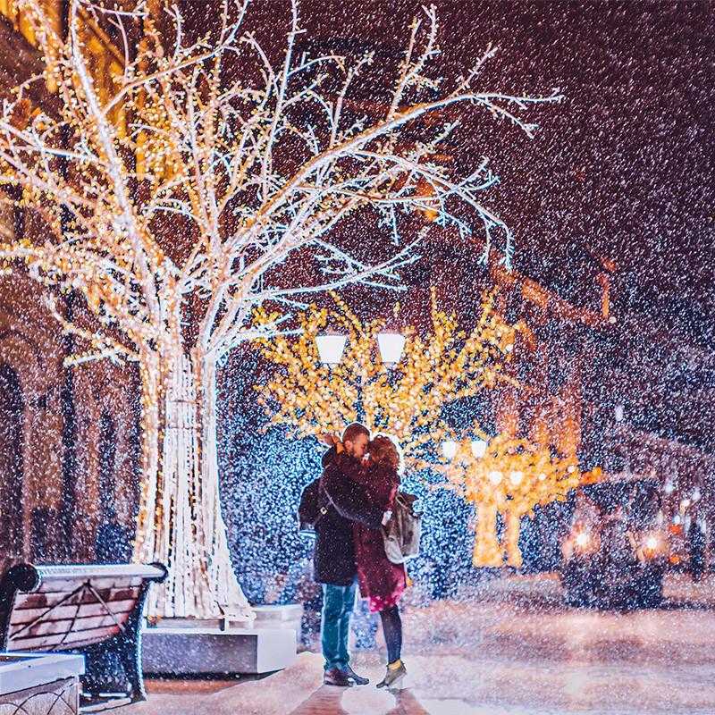 Руските празници траат првите десет дена од јануари. За разлика од Западот, Нова година овде е само почеток на забавата.
