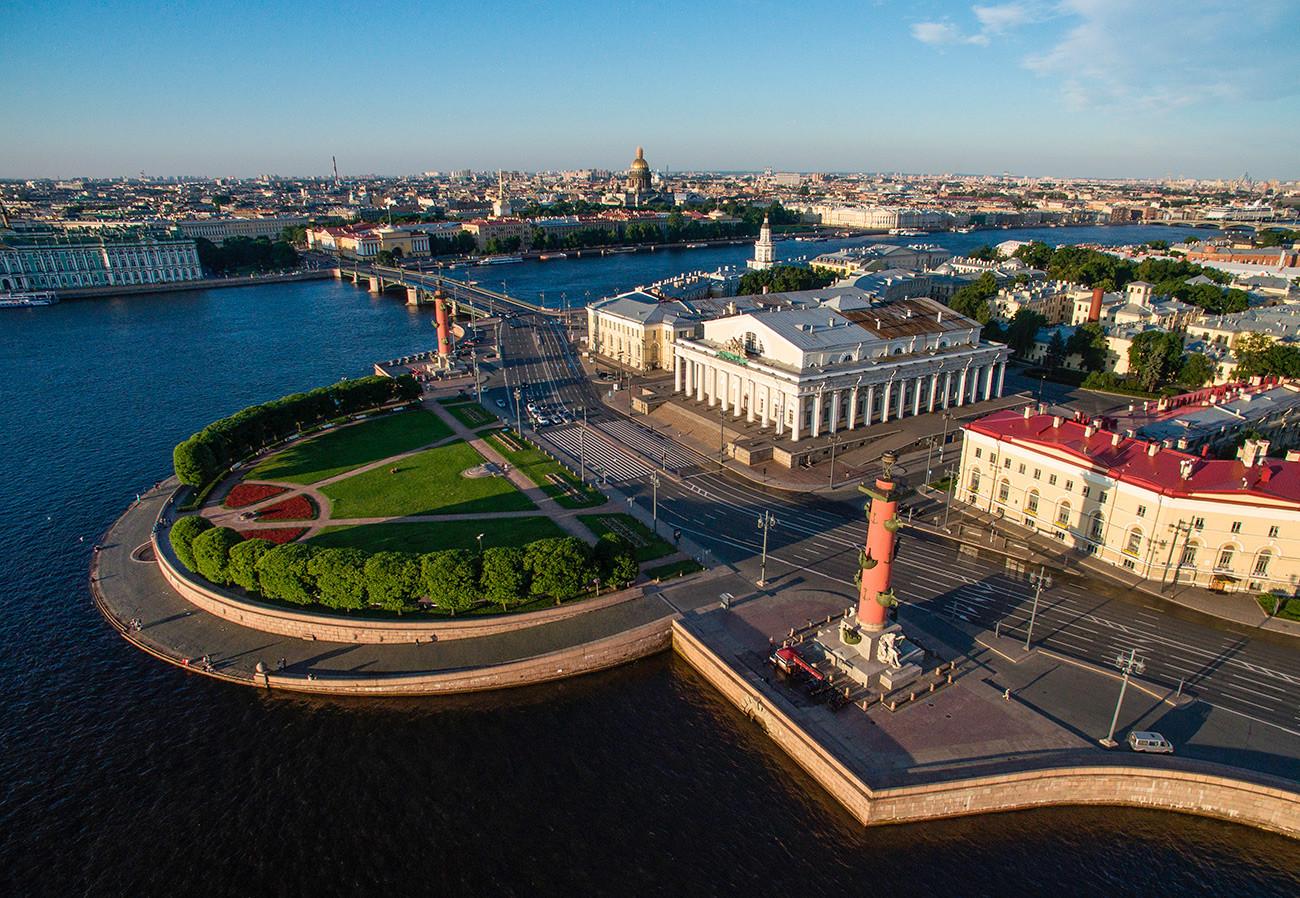 Ушће Васиљевског острва у Санкт Петербургу