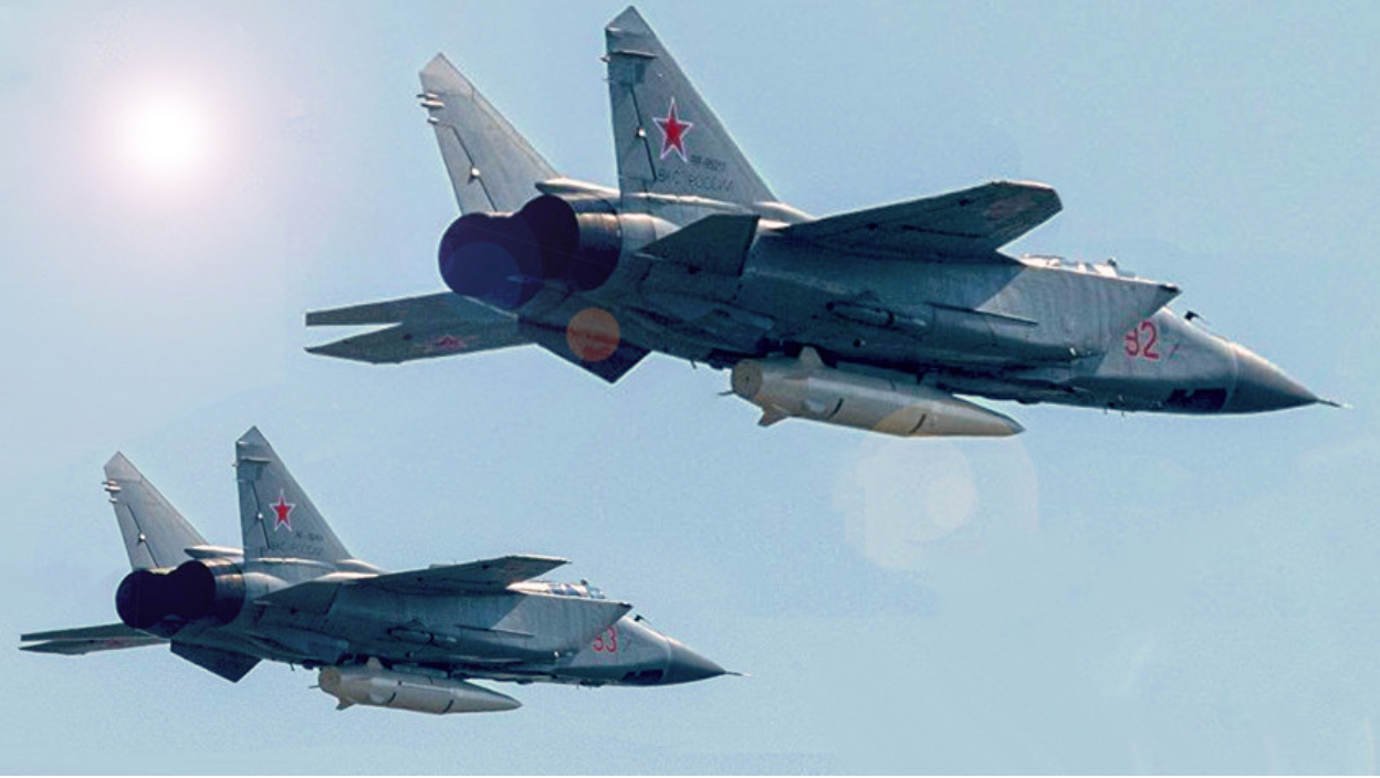 Lovci-presretači MiG-31K naoružani hiperzvučnim raketama