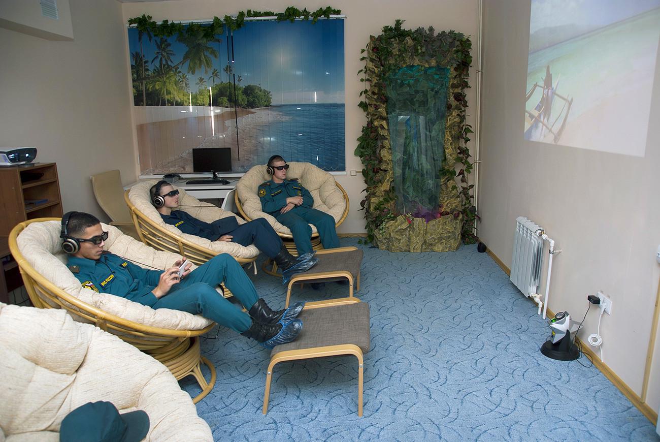 Une salle de relaxation au centre de secours local de Toula. Région de Toula, village de Ioujny