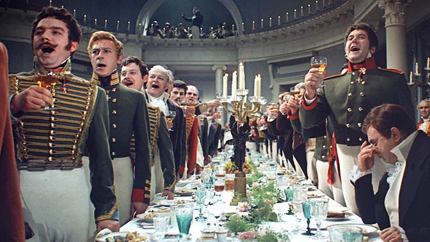 """Posnetek iz filma """"Vojna in mir"""". Sergej Bondarčuk, Vasilij Solovjev/Mosfilm, 1967."""