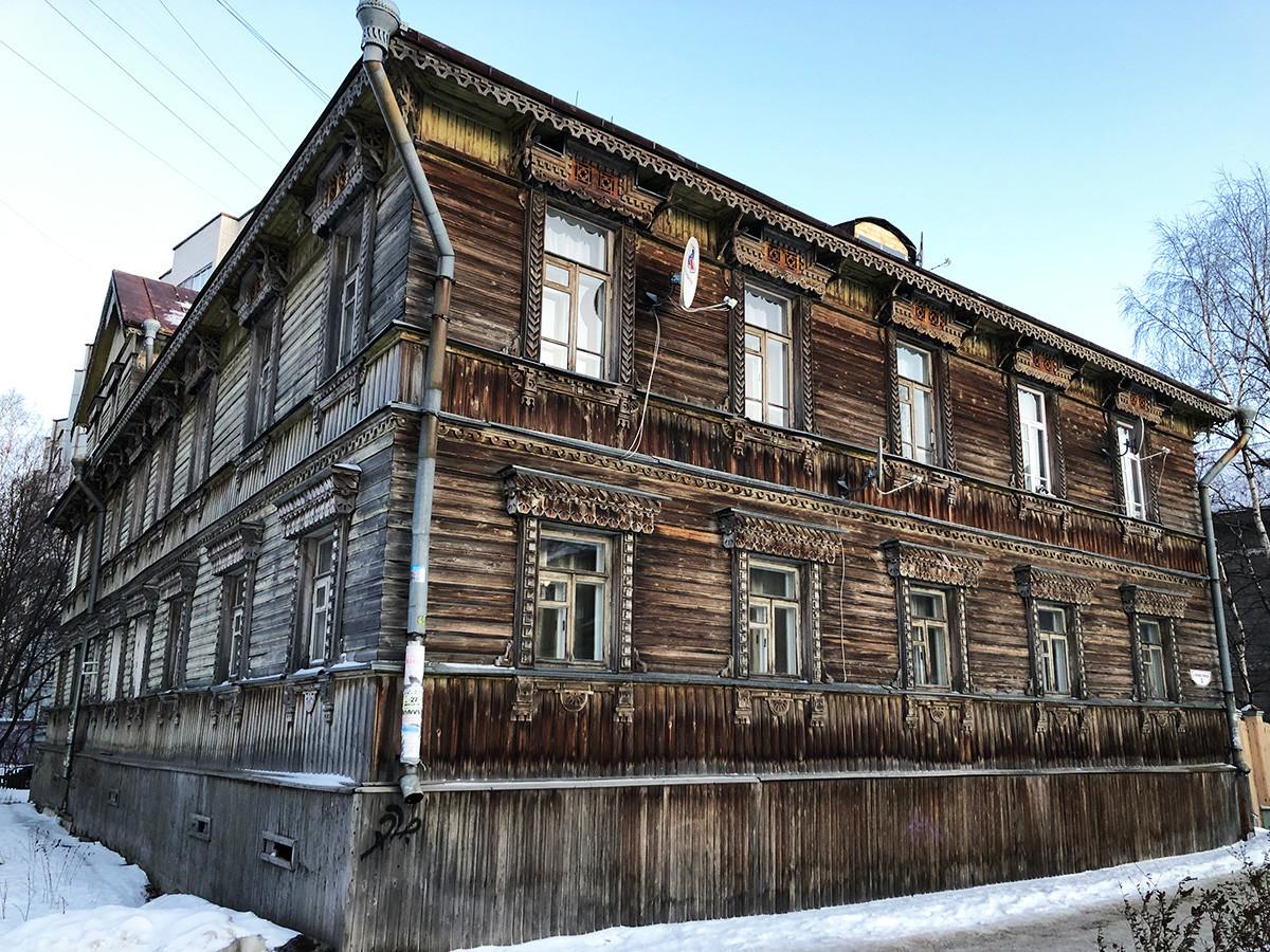 Ulica Čumbara-Lučinskega, stavba iz začetka 20. stoletja