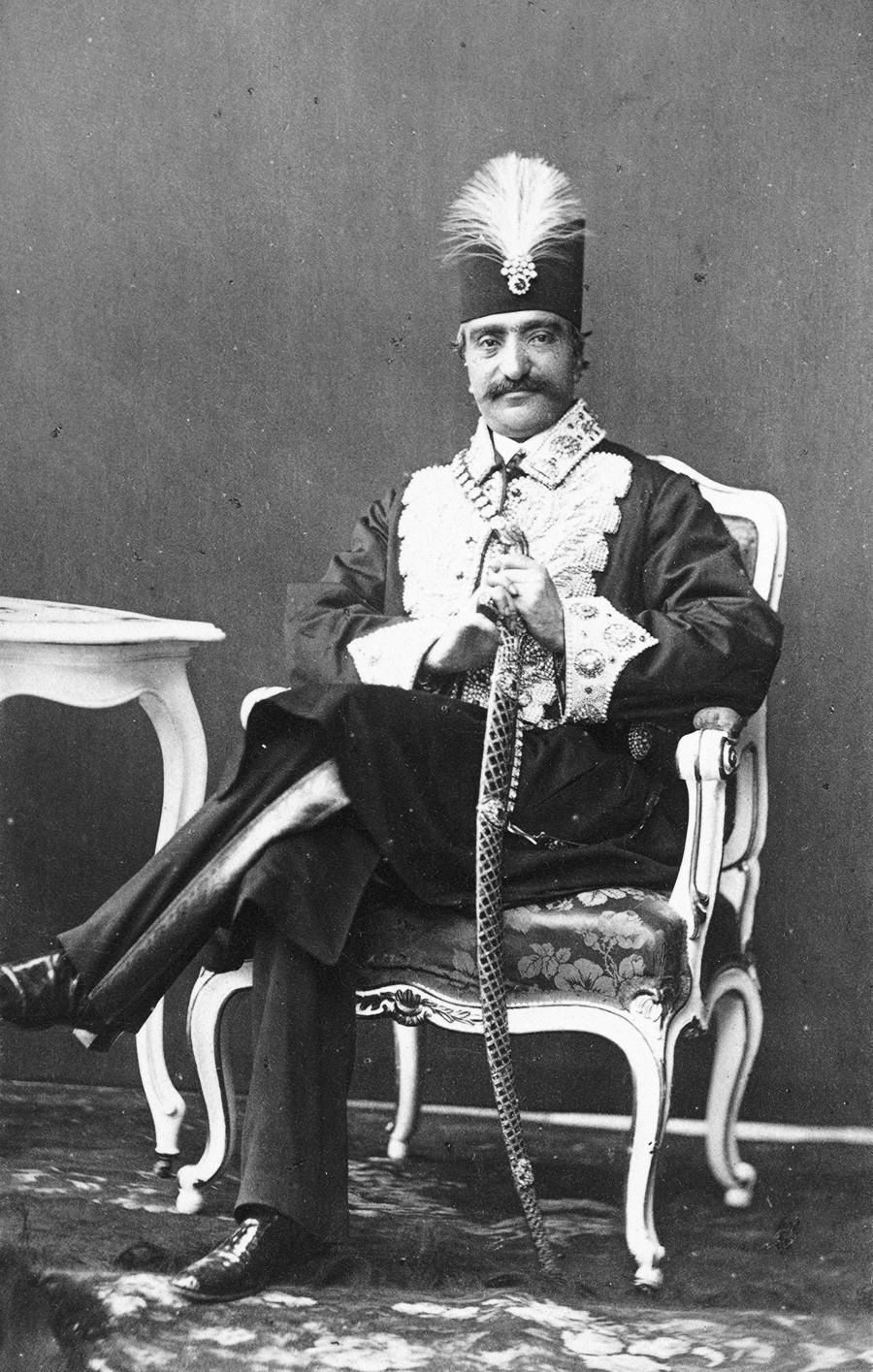 Iran, okoli leta 1873: Nasrudin Šah Kadžar, vladar Perzije, med svetovno razstavo na Dunaju.