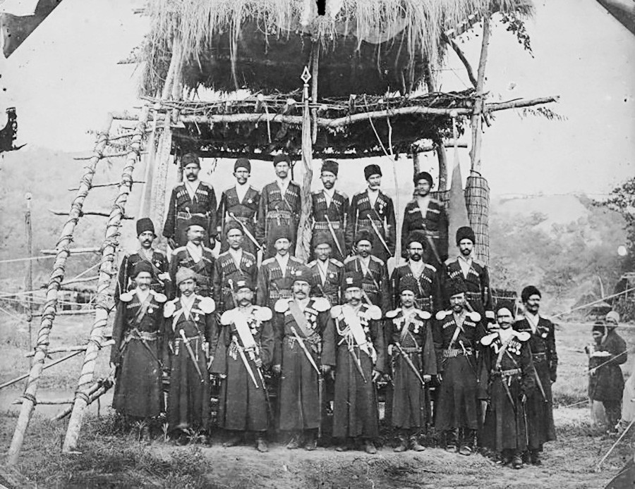 Perzijski kozaki, med letoma 1876 in 1933