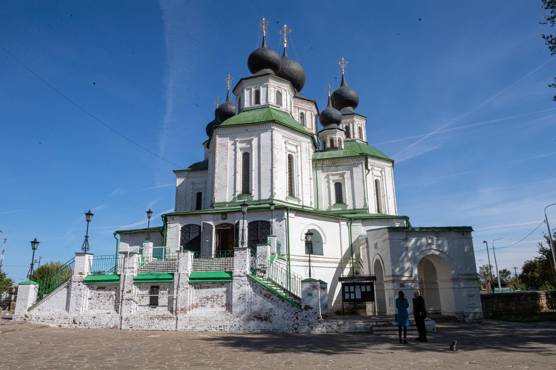 Katedral Militer Kebangkitan Kristus di Starocherkasskaya, Rostovskaya oblast, Rusia.