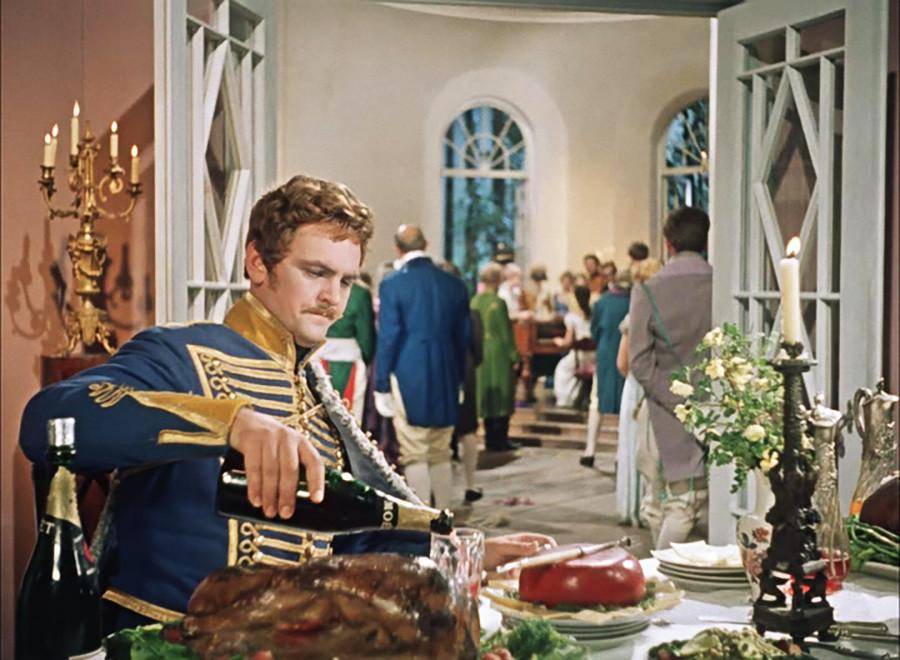Cadre du film soviétique La Ballade du hussard, 1962