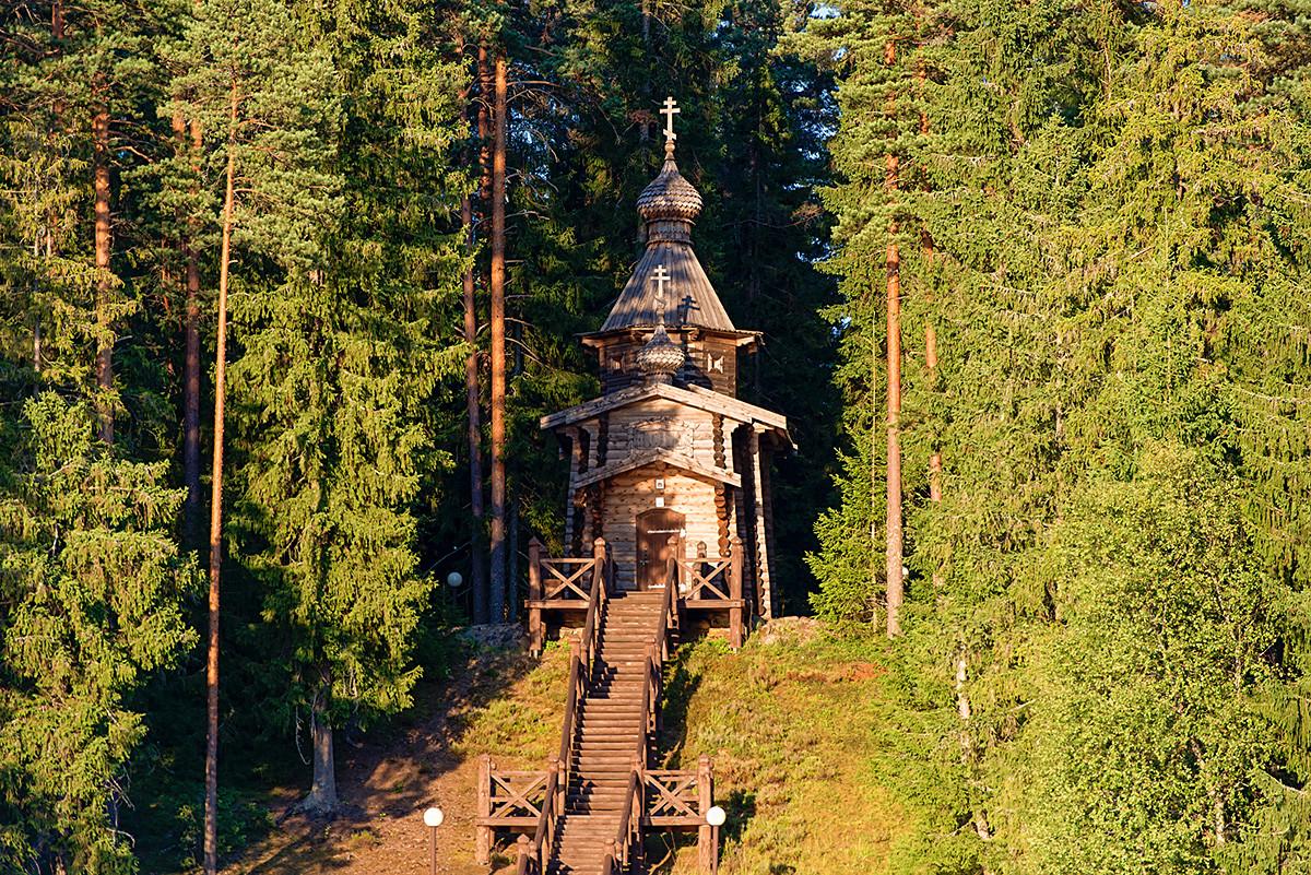 Дървената църква