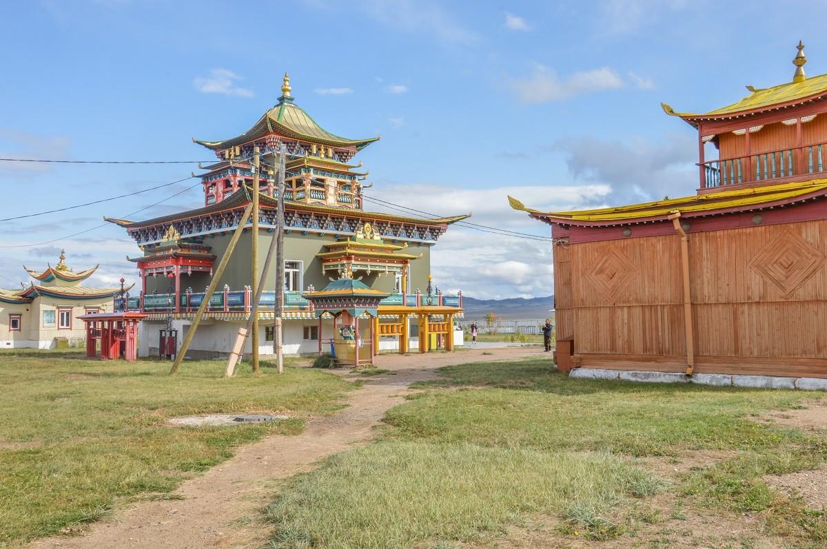 Au monastère bouddhiste d'Ivolga (le plus grand de Russie), en Bouriatie (Sibérie).