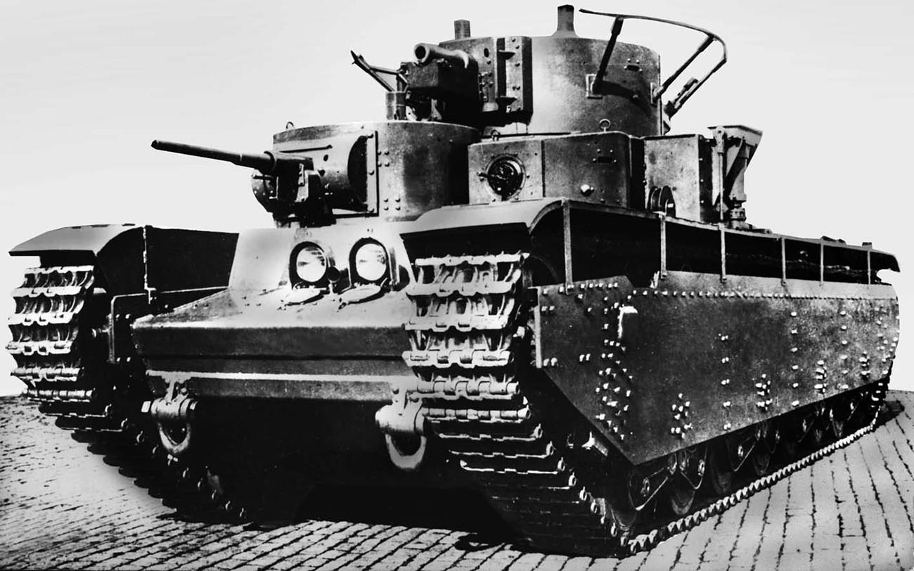 Тешки тенк Т-35.