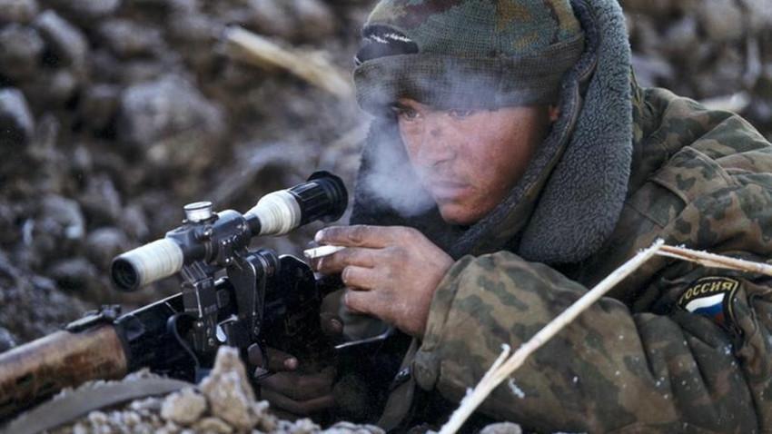 Руски војник во Чеченија.