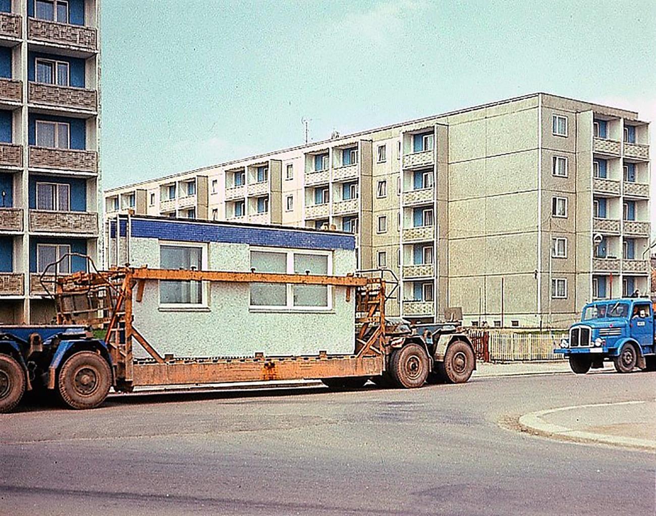 「フルシチョフカ」から成る住宅街