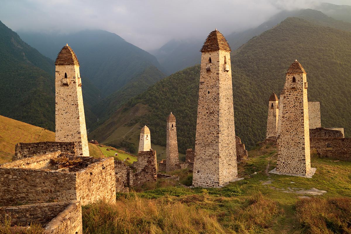 Un sanctuaire perché dans les montagnes ingouches