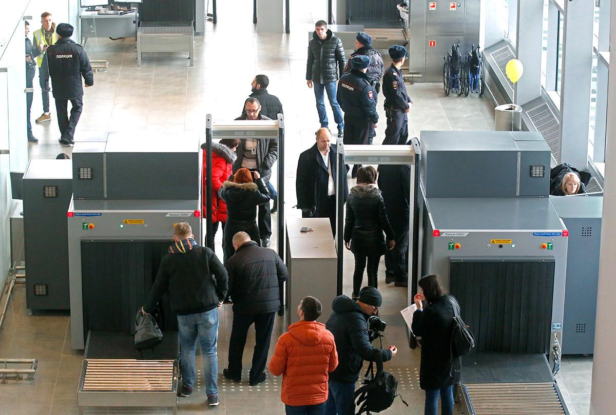 Odprtje mednarodnega letališča Platov v Rostovski regiji