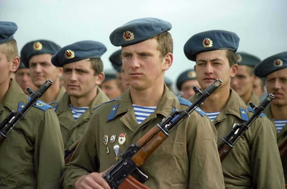 軍事演習に参加したソ連防空軍