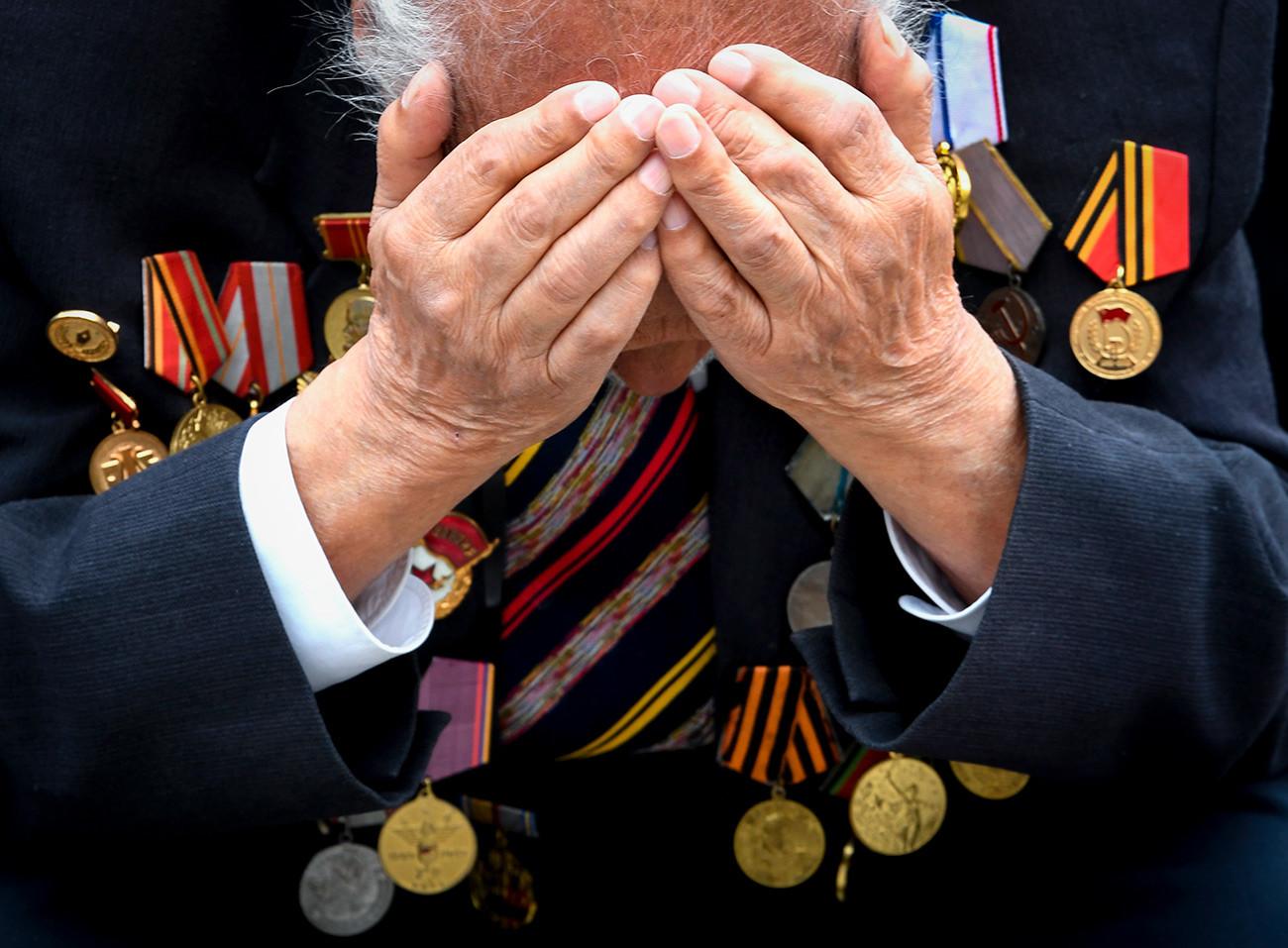 Ветеран Великой Отечественной войны на праздновании Дня Победы в Севастополе